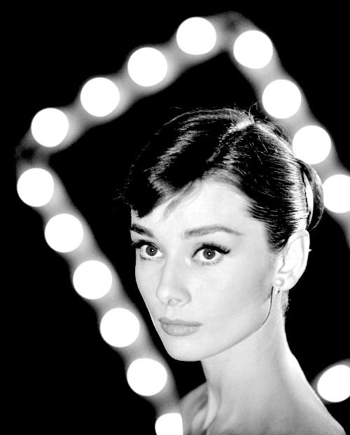 Maddy and Summer - meganmonroes: Audrey Hepburn by Allan Grant in...