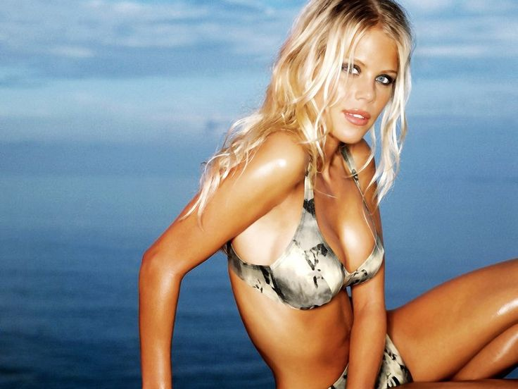 elin nordegren Wallpaper HD Wallpaper