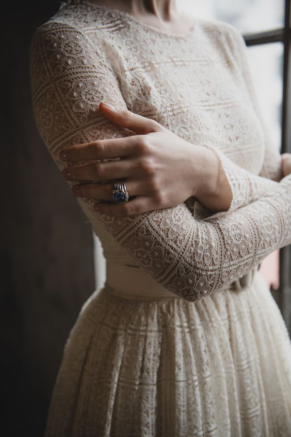 What a lovely and gracious, ladylike dress.  The subtle color of ivory or cream or beige....speaks softly but has such a presence. I love the combination of the soft color that does not roar and the nubby texture of the crochet.  This is a masterful shirtwaist style!