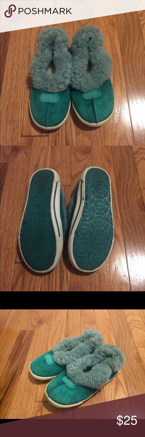 Ugg Shoes Size 1 Ugg Shoes Size 1 Great condition  All my items come from a smoke and pet free home  Thanks for looking and please feel free to contact me with any questions you might have UGG Shoes Boots