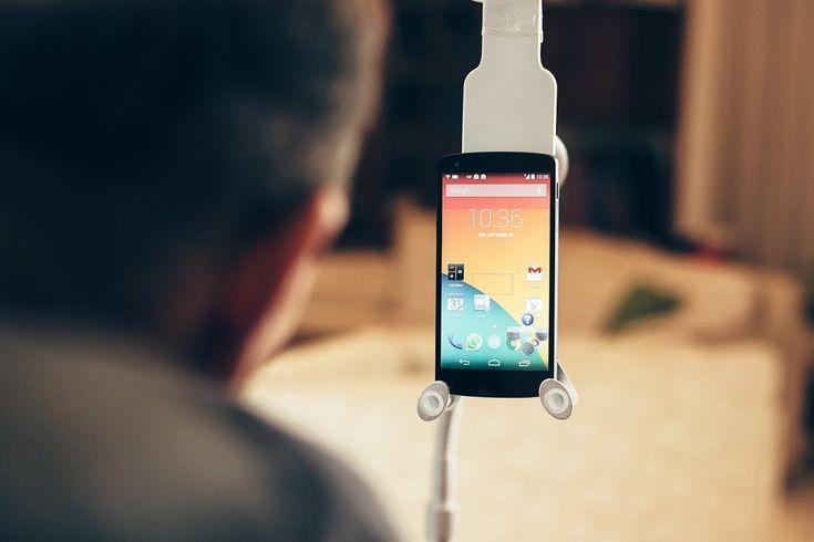 Τα νέα κινητά που δεν χρειάζονται αφή!