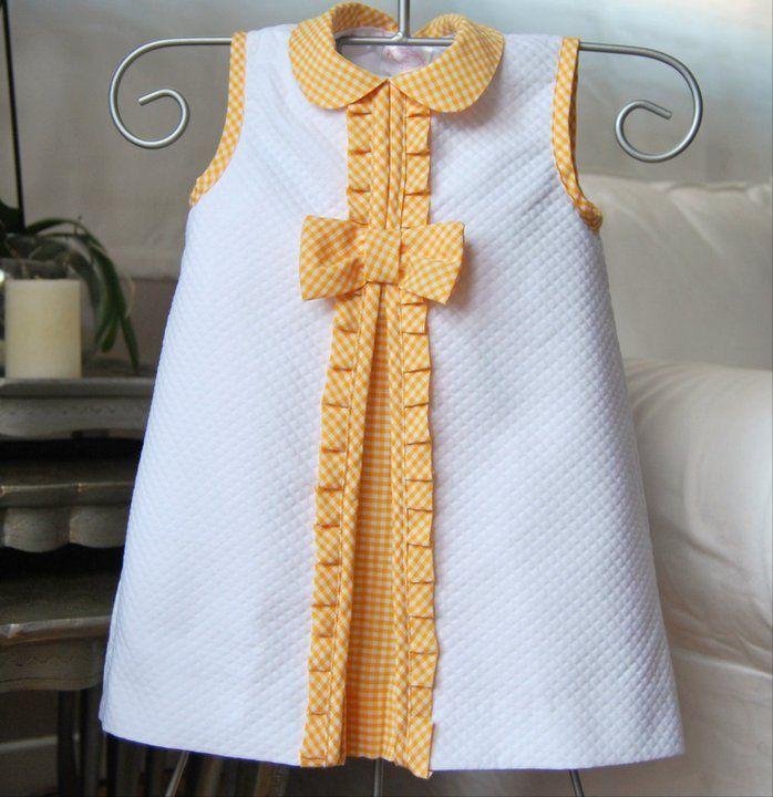 El armario de Inés. Girl dress. White. Yellow. Summer