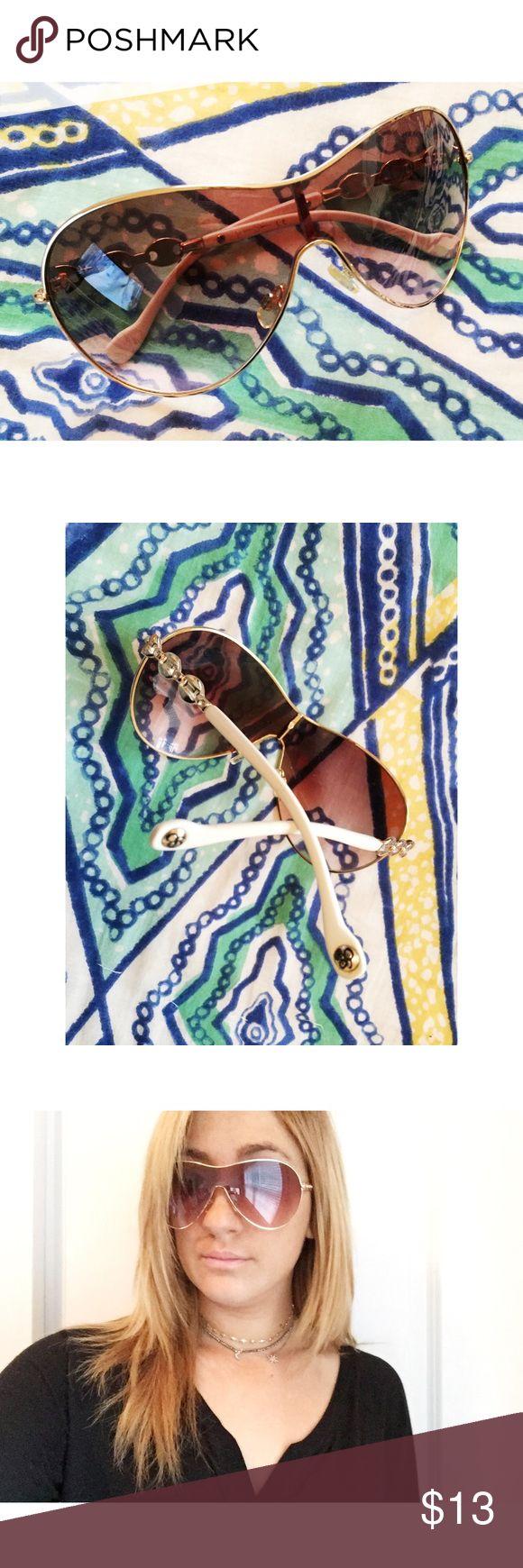 Jessica Simpson Sunglasses Never used! Jessica Simpson Accessories Sunglasses