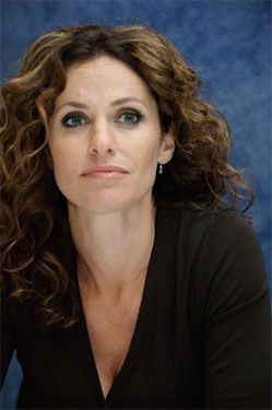 Interview with Amy Brenneman about Private Practice Season Finale ...