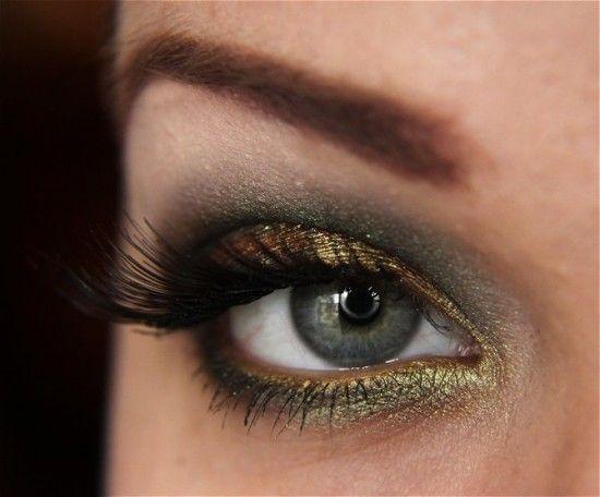 gold & greenMakeup Geek, Eye Makeup, Makeupgeek, Smoky Eye, Hazel Eye, Fall Makeup, Mac Pigment, Smokey Eye, Green Eye