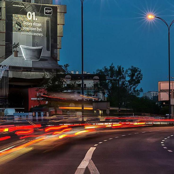 Spotkaliście już na mieście nasze billboardy? Jeśli nie, zapraszamy do Forum Przestrzenie, tam na pewno nas nie przeoczycie! 😍    #zasadyHOFF #dobrydizajn #HOFFrules #zasadydobregodizajnu #design #dizajn #kraków #ilovehoff #łazienka #cracow #billboard #forum #forumprzestrzenie #sky  #night #lights