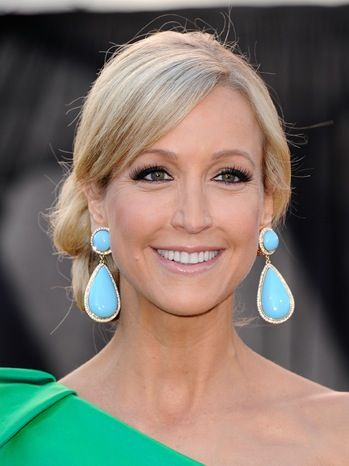 Lara Spencer, so beautiful and seems like she has such a fun and sweet personality :)