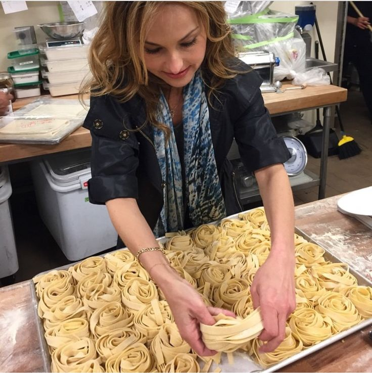 Homemade pasta is surprisingly simple to make from scratch—no machine required—and so, so delicio...