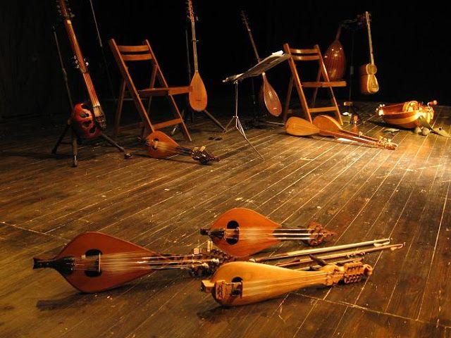 MI PARAISO ESCONDIDO: Instrumentos de cuerda medievales.