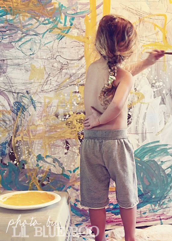 Ooohhh!  I need to do a giant painting like this with the kids.  Amazing, especially having them paint the letters with similar colors and then giving them different colors when the first layer is dry.