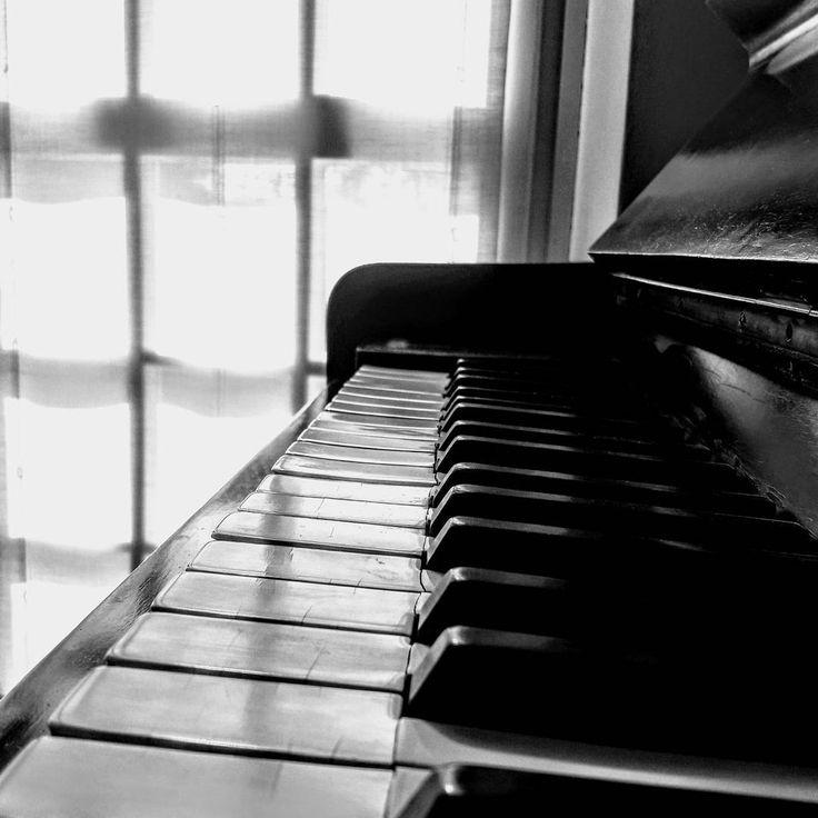 Tasti dolenti #pianoforte #bw #buongiorno