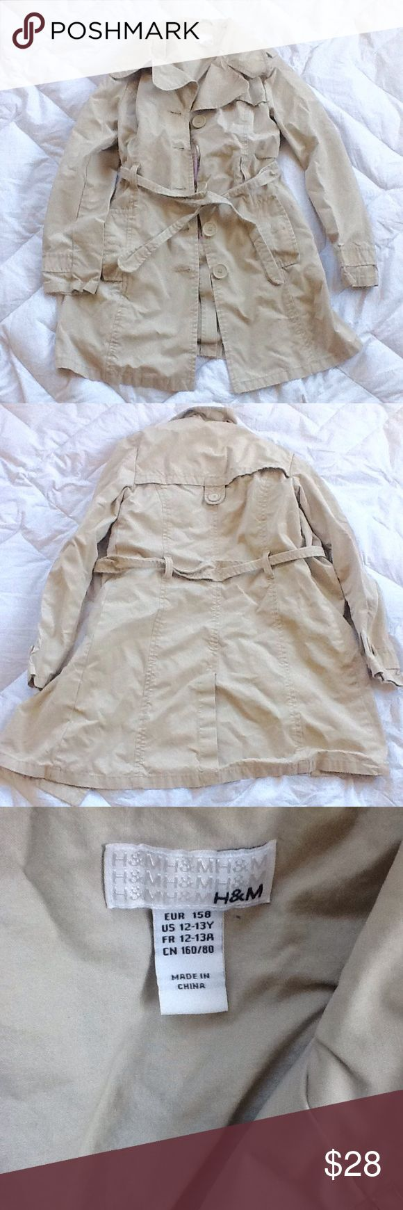 H&M Girls Trench Coat. Tan khaki trench coat. Super cute && comfortable. Perfect for spring and fall. Offers welcome ladies! H&M Jackets & Coats