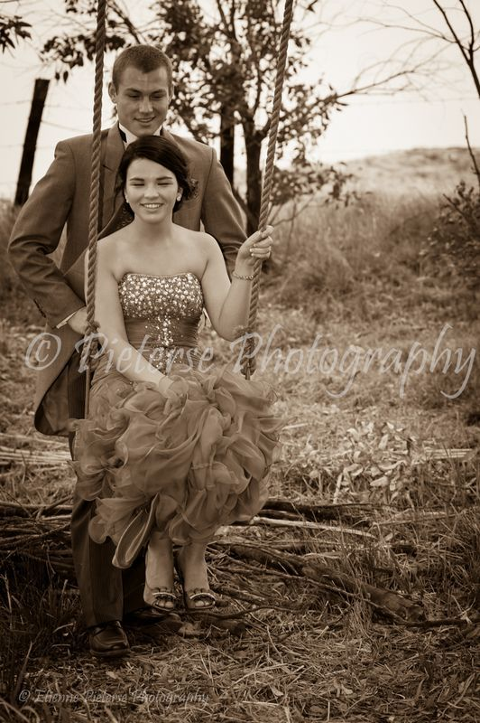 Matric farewell photography. Prom photography. Photo ideas. Photos by Pietese Photography