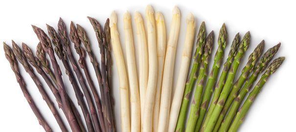 Tout ce qu'il faut savoir sur l'asperge, de sa cuisson à sa saison