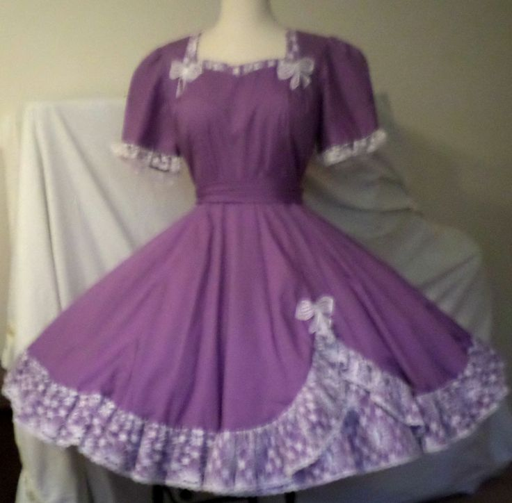 D54 MALCO MODES purple with white lace & appliques square dance dress + SASH #MALCOMODES