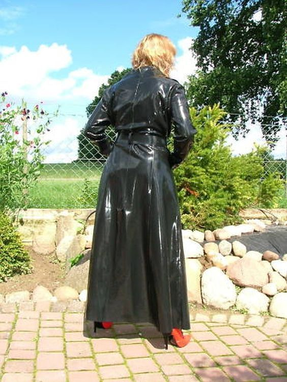 Pin von     Raincoats For Women Rainy Days     auf Raincoats For Women    Pinterest 67d5e8ab69