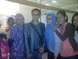 "with Hilbram Dunnar - Pemateri ttg ""Public Speaking"""