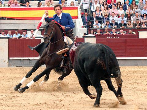 Hermoso de Mendoza cumple 2.000 corridas - Mundotoro.com #toros #rejones #rejoneadores