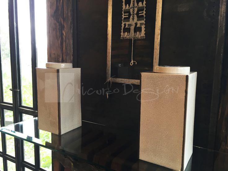 Chicureo Design. Fuentes Paz Vial rectangulares con bordes gastados con tapa de cerámica. www.chicureodesign.cl