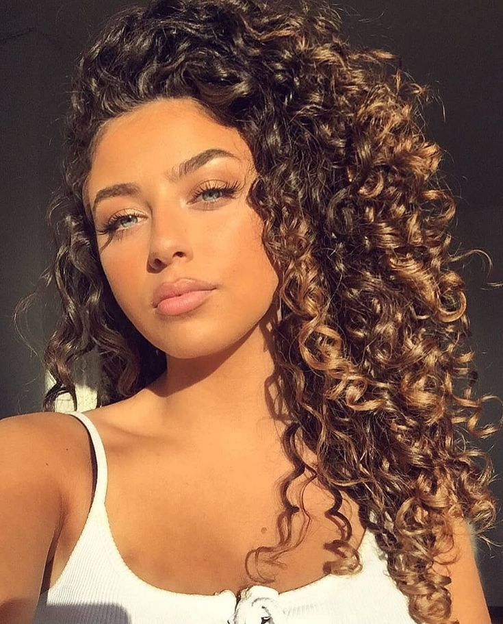 "➿ Perfectly Curly ➿ auf Instagram: ""Model: @emeliebattah @curlyperfectly"