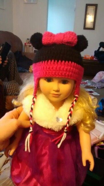 Minnie mouse hat for 18 inch doll