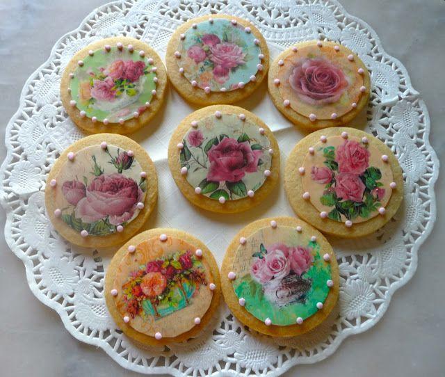 Sweet Cupcakes y Más...  Cursos Cupcakes Barcelona   Cursos Repostería Creativa Barcelona: Galletas Impresas con Papel Fondant!