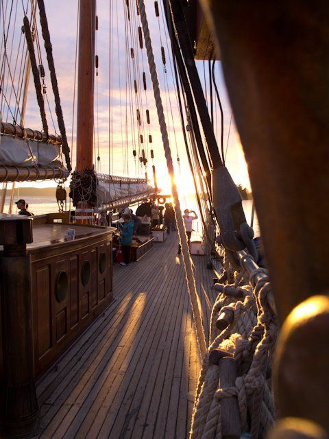 Spend the night on a sailboat