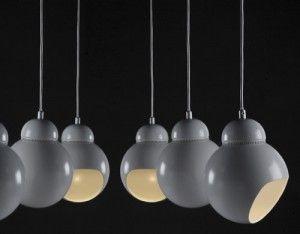 La pendant lamp a338 progettata da Alvar Aalto nel 1950.