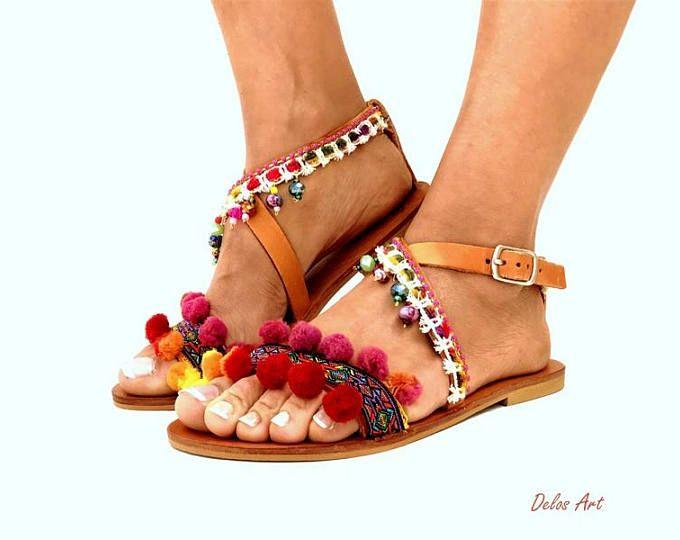 6207a6387 Pom Pom sandals