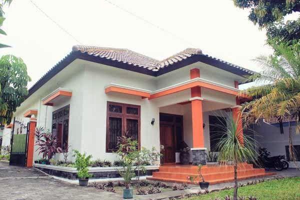 Simply Homy Guest House Taman Siswa, Yogyakarta Penginapan di Jogja : Guest House Taman Siswa Alamat : Jl. Surokarsan No 22, Yogyakarta, Indonesia Contact : 08112636125, 087839008831 PIN BB : 2B3633D1