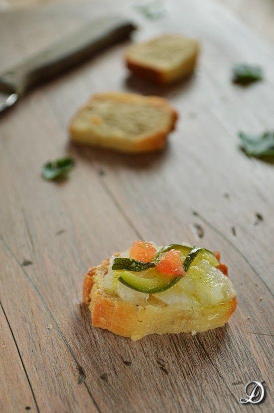 Panecillos de Patata, Ajo Asado y Ajedrea para hacer aperitivos