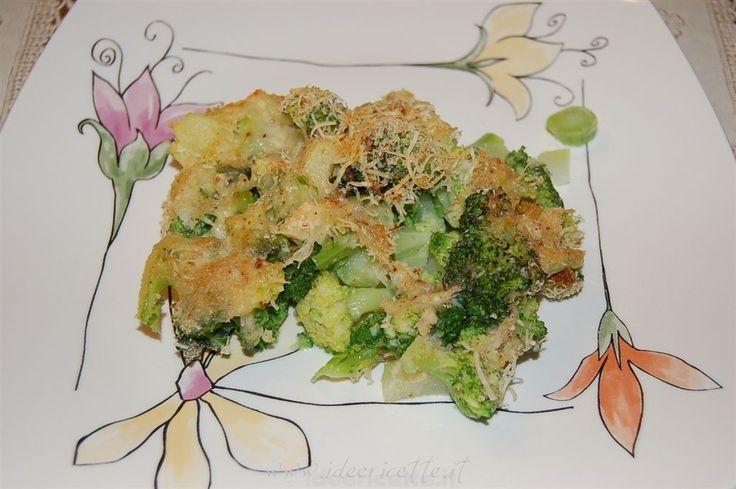 Ricetta Broccoli gratinati con formaggio e pangrattato