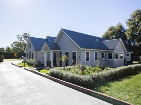 gorgeous house in Mittagong for sale!  Beautiful part of NSW, if a bit chilly!:)