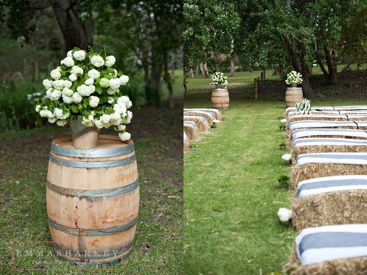 Hay Bail Wedding Seating | hay bale seating! | Elsa's Wedding Inspirations