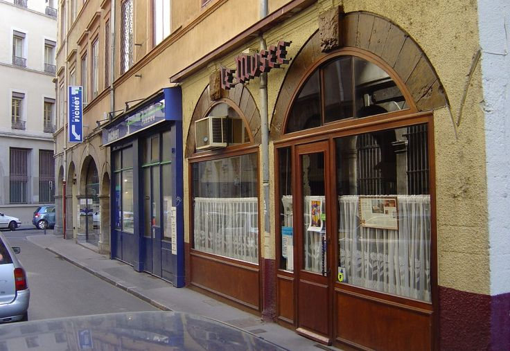 Restaurant le mus e bouchon lyonnais cordeliers jacobins for Cuisine x roussien lyon