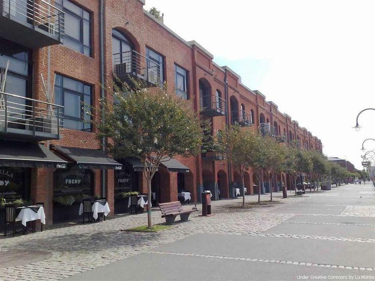 Puerto Madero, y sus restaurantes, Buenos Aires, Argentina