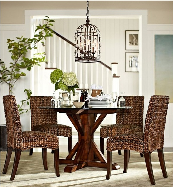 decorating a dining room