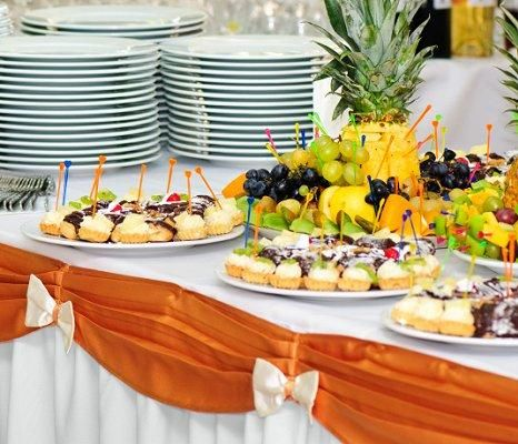 Decorated Tables - Ideas for the Buffet at a Wedding Reception [Slideshow]
