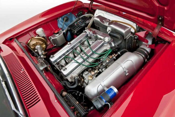 Alfa Romeo Giulia GT, foto (38/66) | AllaGuida