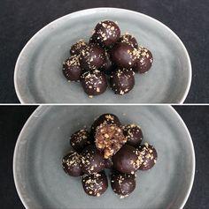 Vanvittigt gode snickerskugler med peanuts, dadler og mørk chokolade.