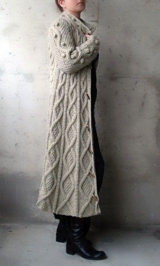 Lange gestrickte Jacke Strickjacke Beige-Kabel
