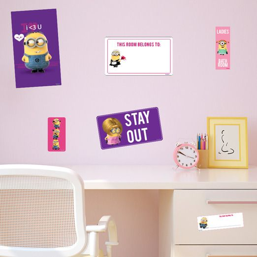 Wallsticker with Minions for the girl room - Stay out!