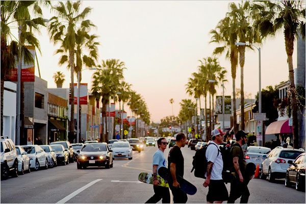 Abbot Kinney Boulevard Venice, one of the best streets in LA for shopping and dining.