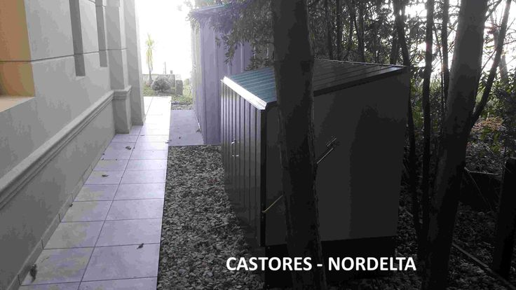 $14.500  Guardabicicletas de Acero recubierto en PVC. Caso de Exito  instalado en Country Castores - Nordelta Buenos Aires.  Producto Nuevo Precio no incluye IVA