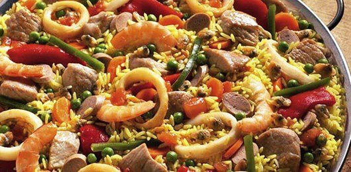 Arroz a Valenciana  http://www.vaqueiro.pt/receitas/detalhe/1370/arroz-a-valenciana