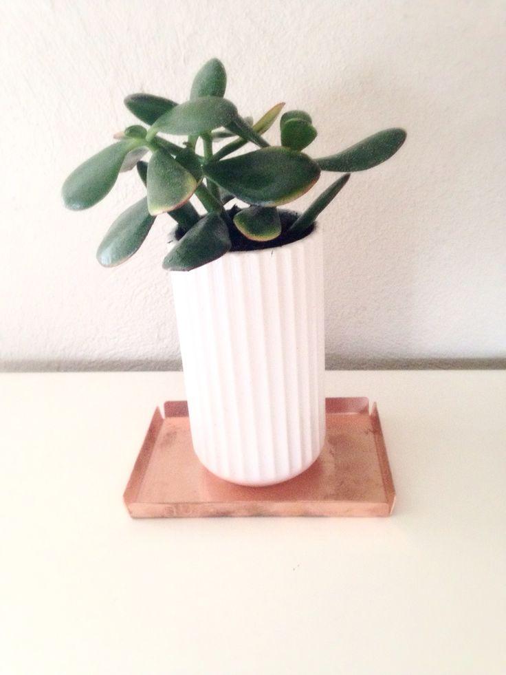 Lyngby vase and Nur design