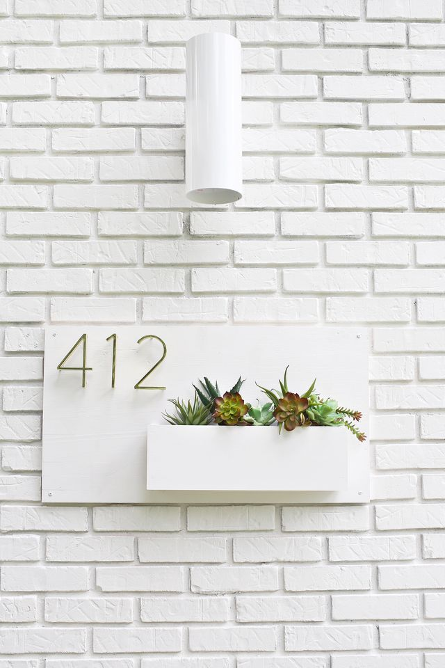 For years I've seen these beautiful, modern address plaques on the front of houses in Palm Springs, and I knew I eventually wanted one for our own home. They're so fancy! We recently had our exterior