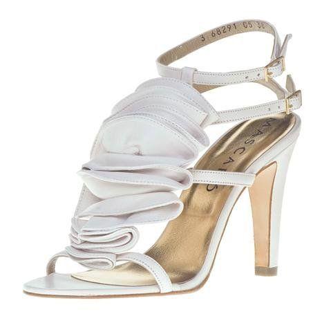 De la nota: Zapatos de Novia Mascaró para Pronovias  Leer mas: http://www.hispabodas.com/notas/687-zapatos-de-novia-mascaro-para-pronovias