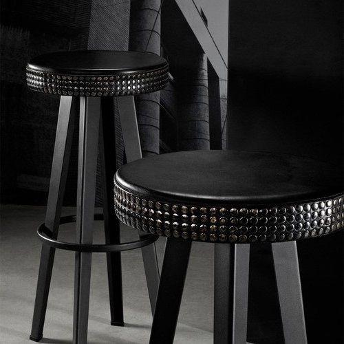 Diesel By Moroso Bar Stud barkruk is een stoere robuuste #design #kruk. #design #living #interior #bar #cafe #restaurant #interior #interieur #zakelijk