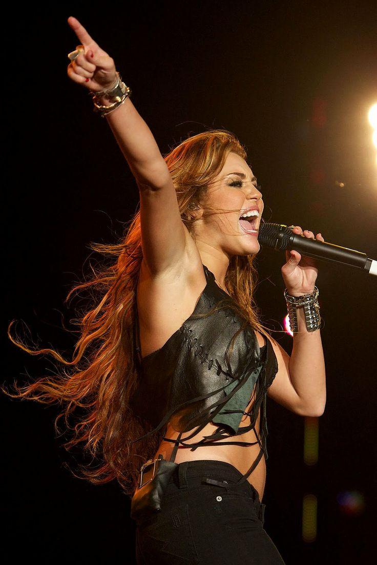 Miley Cyrus (2010 Rock in Rio Lisboa)